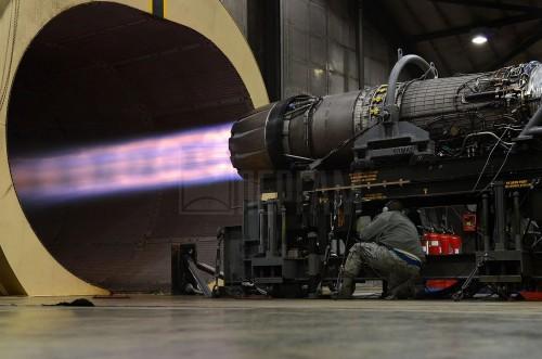 Стенд испытаний реактивных двигателей