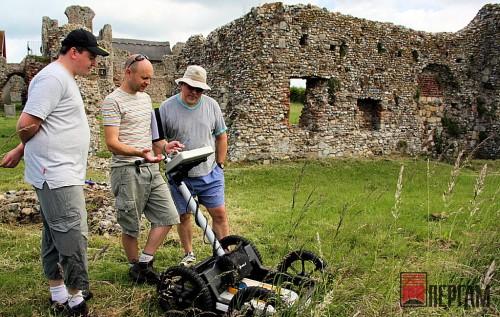 Георадар помогает при раскопках
