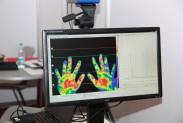 Термограмма рук человека