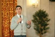 Вячеслав Новиков выступает с презентацией оборудования НК