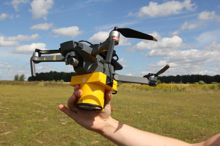 Laser Falcon и дрон DJI