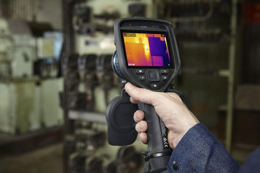 Тепловизионное обследование с FLIR E96
