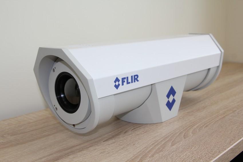 FLIR F-610