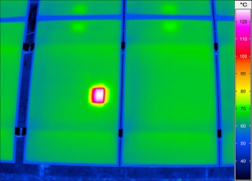 Термограмма с тепловизора VarioCAM HD inspect 800