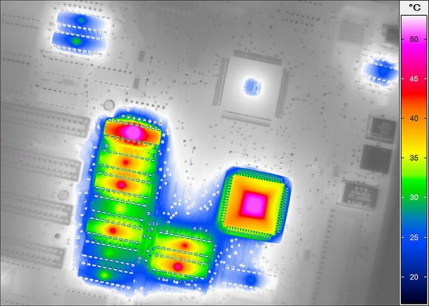 Термограмма с тепловизора VarioCAM HD research 900