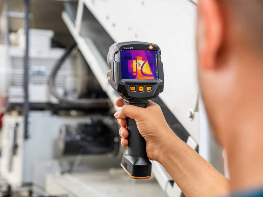 Тепловизор testo 883 для обследования электрокоммуникаций